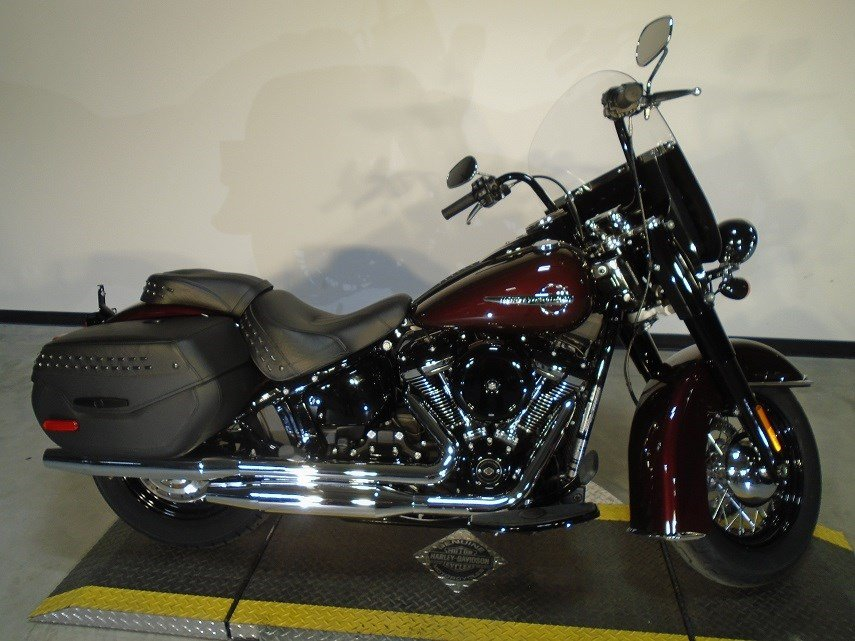 New 2018 Harley-Davidson Softail Heritage Classic FLHC