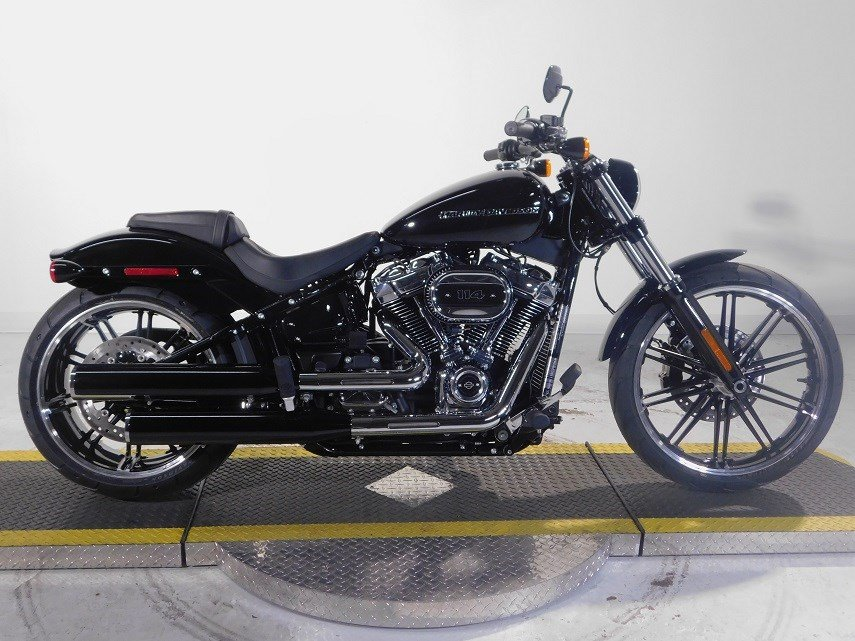 new 2018 harley davidson softail breakout 114 fxbrs softail in westminster 18fxbrsblk. Black Bedroom Furniture Sets. Home Design Ideas