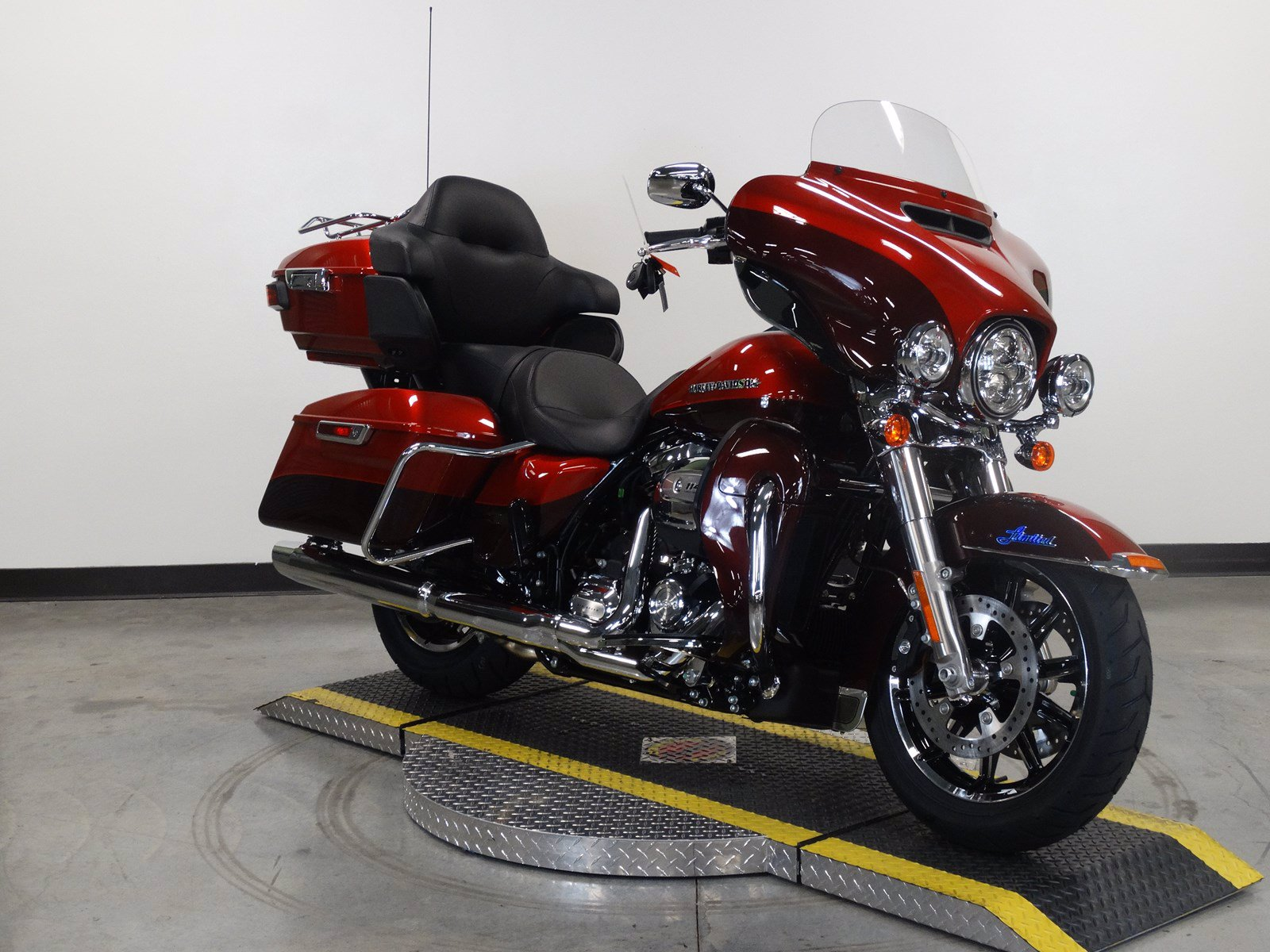 New 2019 Harley-Davidson Ultra Limited Low FLHTKL Touring
