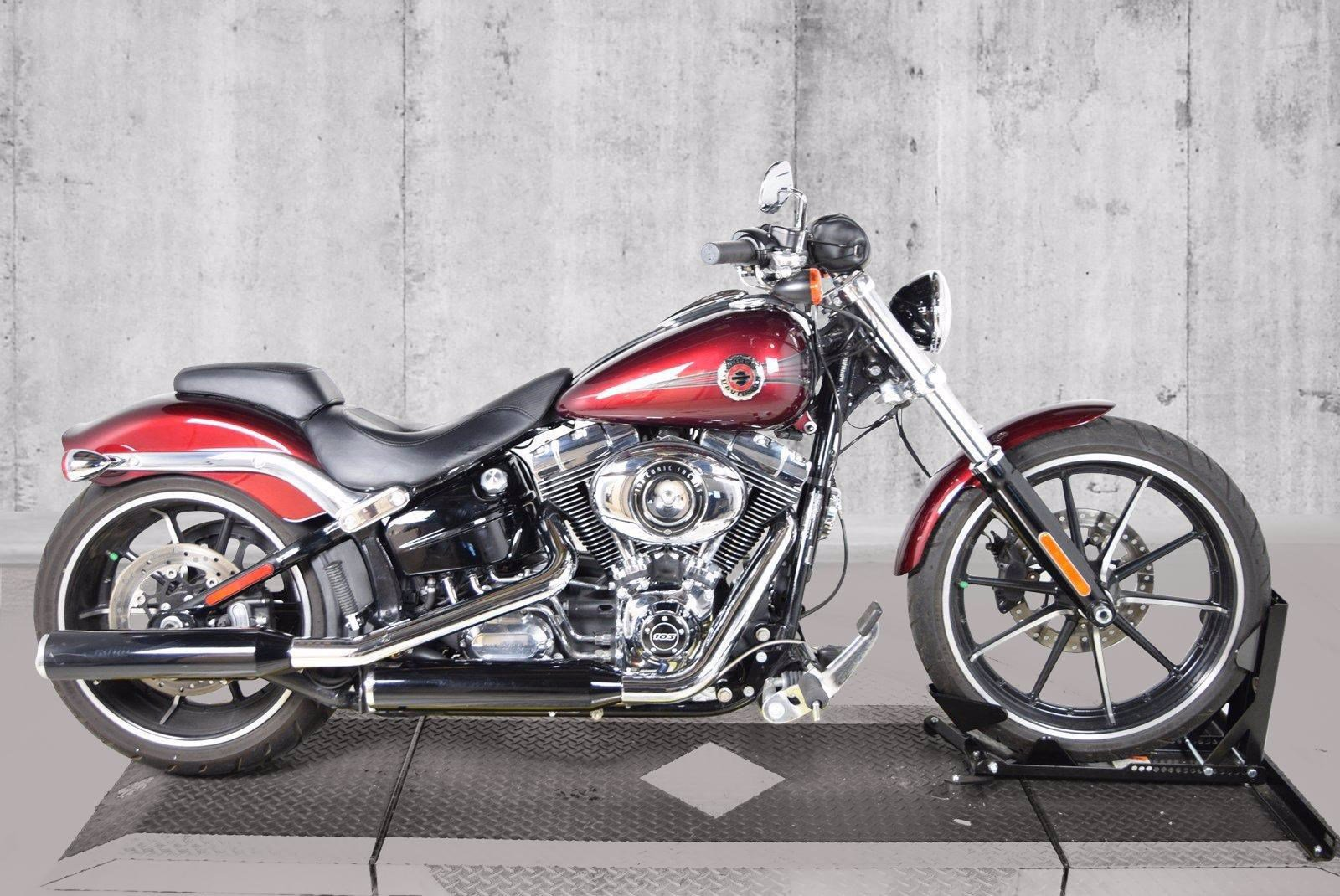 Pre-Owned 2015 Harley-Davidson Softail Breakout FXSB