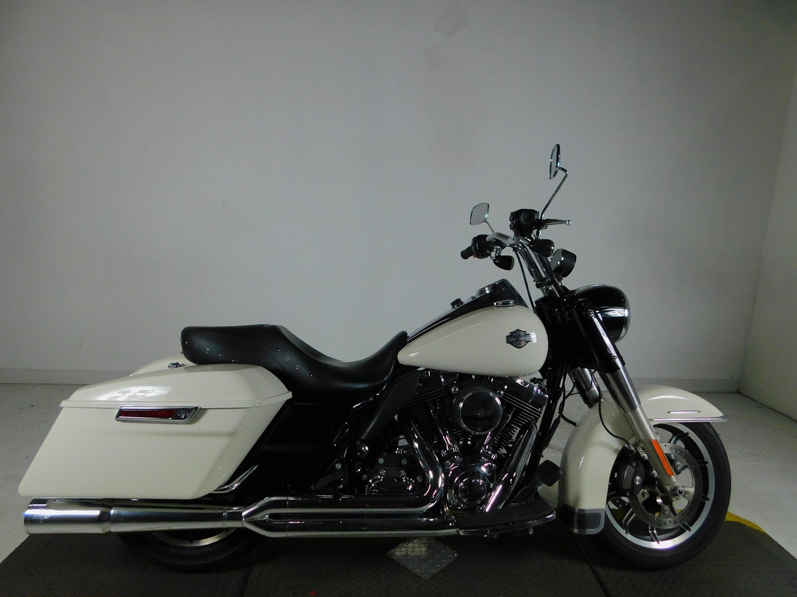 Pre-Owned 2015 Harley-Davidson Road King Police FLHP