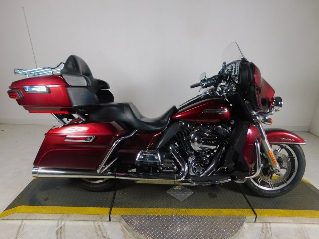 Pre-Owned 2015 Harley-Davidson Electra Glide Ultra Classic Low FLHTCUL
