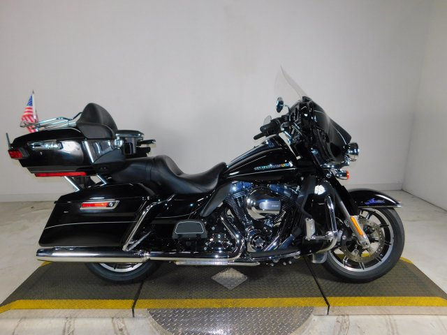 Pre-Owned 2015 Harley-Davidson Ultra Limited FLHTK