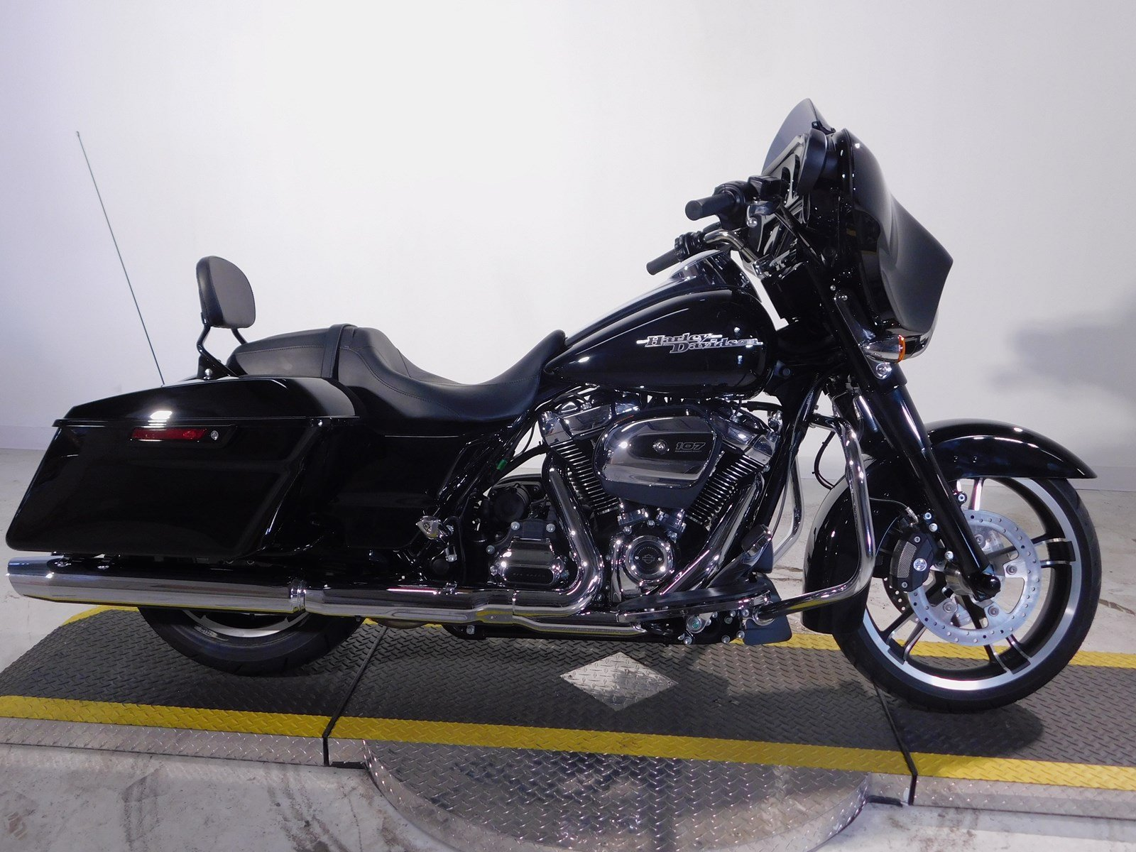 New 2017 Harley Davidson Street Glide Special Flhxs