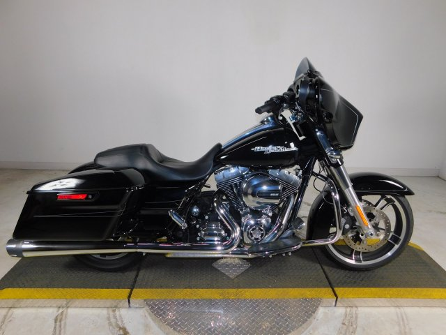 Pre-Owned 2015 Harley-Davidson Street Glide Special FLHXS