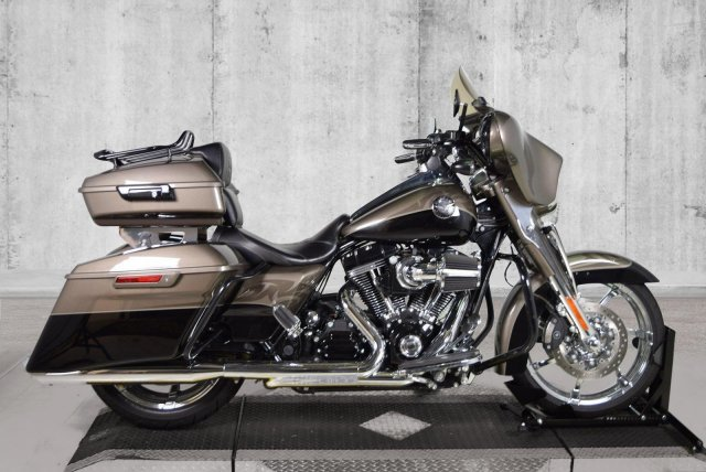 Pre-Owned 2014 Harley-Davidson Road King CVO FLHRSE
