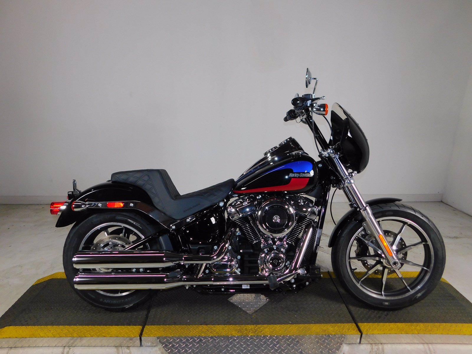 New 2019 Harley-Davidson Softail Low Rider FXLR