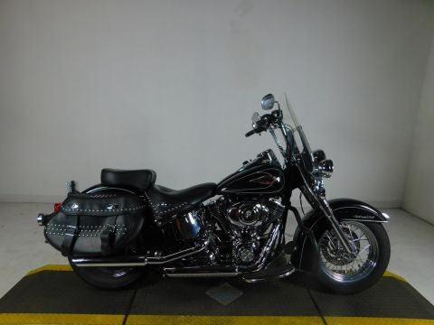 Pre-Owned 2010 Harley-Davidson Softail Heritage Classic FLSTC