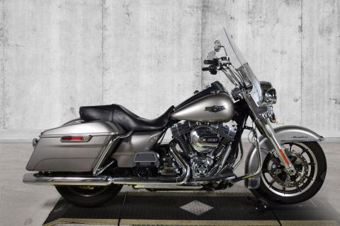 Pre-Owned 2016 Harley-Davidson Road King FLHR