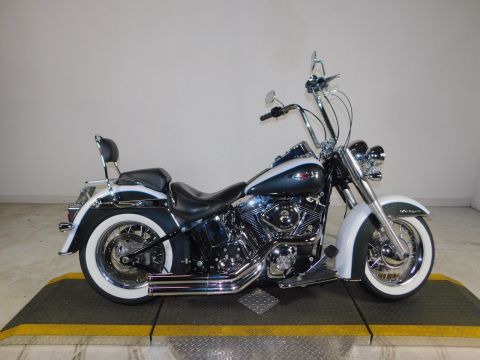 Pre-Owned 2009 Harley-Davidson Softail Deluxe FLSTN