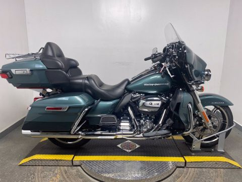 New 2020 Harley-Davidson Ultra Limited FLHTK Chrome