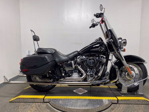 New 2020 Harley-Davidson Softail Heritage Classic FLHC Chrome