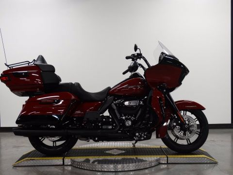 New 2020 Harley-Davidson Road Glide Limited Black FLTRK